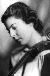 Фото № 23 Портрет виолончелистки И. Бегам