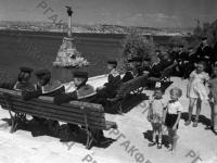 Вид Приморского бульвара в освобожденном Севастополе. г. Севастополь, июнь, 1944 г. РГАКФД. Арх. № 0-164733.