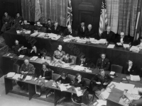 Заседание Международного военного трибунала во Дворце Юстиции. Германия, Нюрнберг, 1945 г. РГАКФД. Арх. № В-3083 «б».